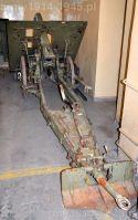 100 mm haubica górska wz. 16. Warto zwrócić uwagę na oryginalne, drewniane koła oraz jedno-ogonowe łoże (fot. MWL)(Źródło: MSZ)