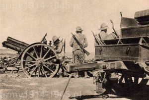 Rok 1936. Włoska artyleria w Abisynii w prowincji Tembien (wikipedia).