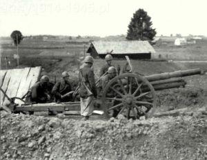 Podczas działań na Bałkanach haubic 100/22 Włosi używali do walki z partyzantami Tito.