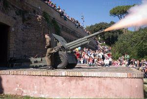 Haubica 105/22 mod.14/61 na wzgórzu Gianicolo w Rzymie.