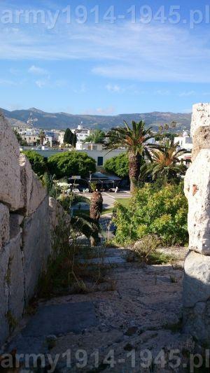 """30. Widok na miasto Kos z bastei """"Del Carretto Bastion"""" (nr 2 na planie) kierunek południowy."""