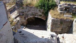 Po zwycięstwie Niemców zamek Joannitów w Kos stał się obozem jenieckim. (Isola Coo)