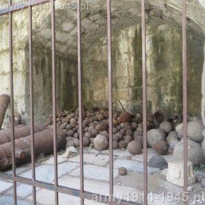 Miejsce ekspozycji na zamku Joannitów. (Isola Coo)
