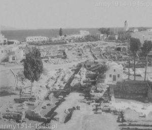 Odkopane i zbadane przez Włochów zabytki byłej dzielnicy portowej. Stan z 1942 r.