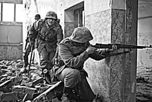 Walki w mieście 1944, front wschodni