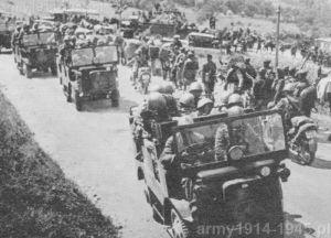 Rejon Piccolo San Bernardo. Aotocarretta OM 36P wiozące piechotę w czerwcu 1940 r. podczas działań we Francji.