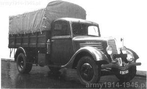 Renault ADK - z takiej ciężarówki powstał włoski pojazd opancerzony.