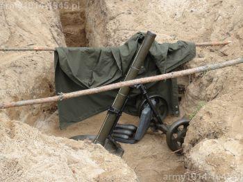 9. 82 mm sowiecki moździerz wz.43