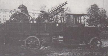 Zdjęcie z 1938 r. podczas prób motoryzacji artylerii testowano przewożenie haubicy 100 mm wz.14/19 wraz z przodkiem na ciężarówce Berliet CBA (podobnie wożono działa w armii francuskiej).