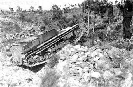Propozycja Ansaldo z Genui: 2,3 tonowy ciągnik gąsienicowy na bazie tankietki (carro veloce).