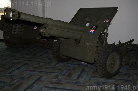 """Działo błędnie rozpoznane i opisane w Wikipedii, podpisane """"Military Air Museum's Flak 37 88mm gun"""". Na dodatek malowanie działa sugeruje użycie w brytyjskiej armii. Zagadka. Kto ją rozwiąże?"""